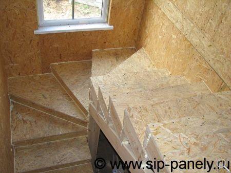 Изготовление лестницы из сэндвич-панелей фото 13