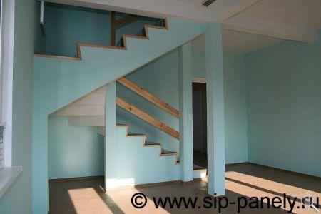 Изготовление лестницы из сэндвич-панелей фото 14
