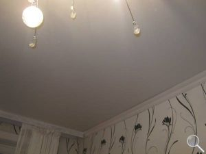 Монтаж потолка из гипсокартона фото 01