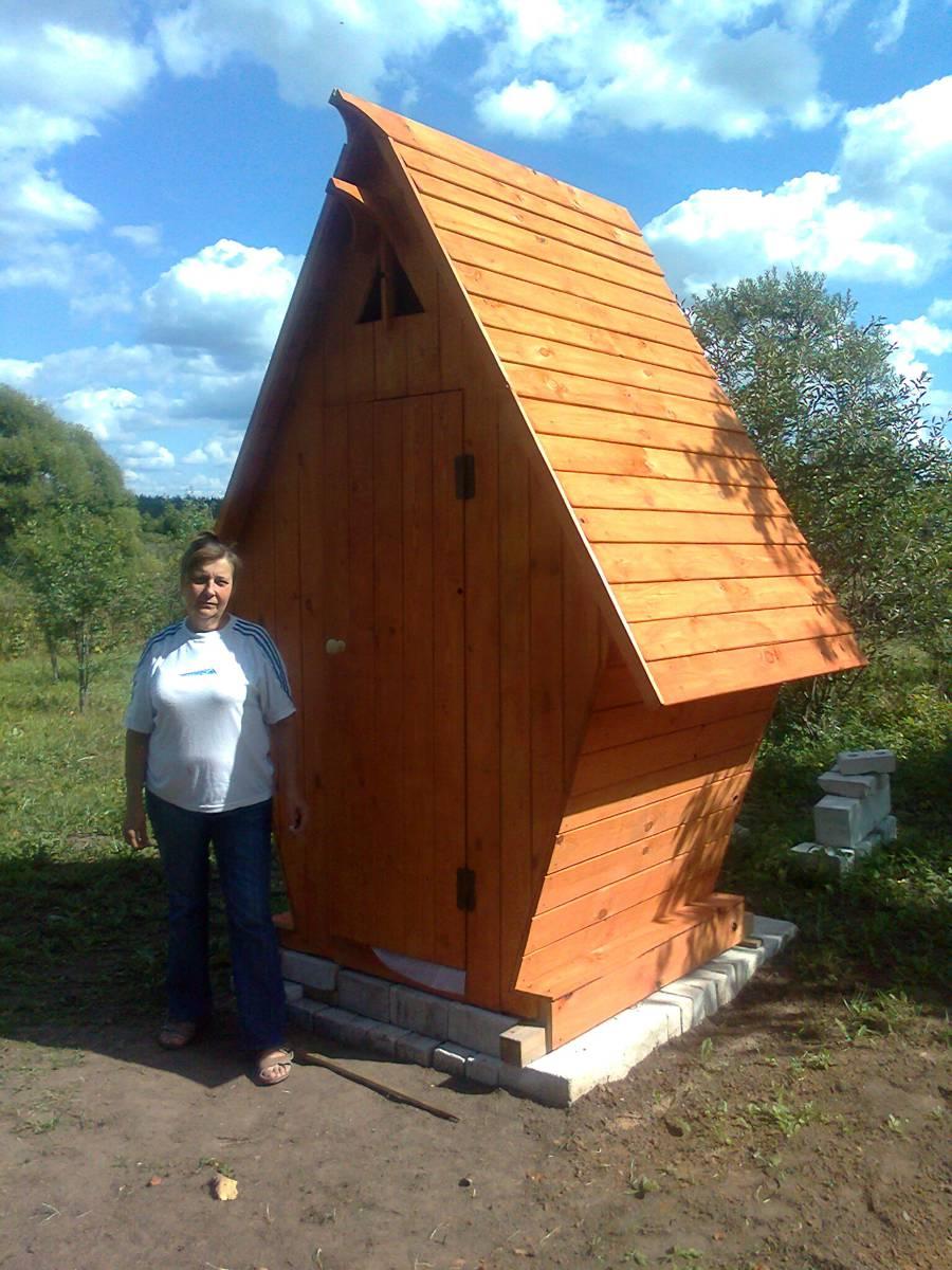 Деревянные дачные туалеты 49